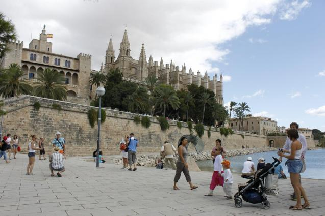 Tourists in Palma