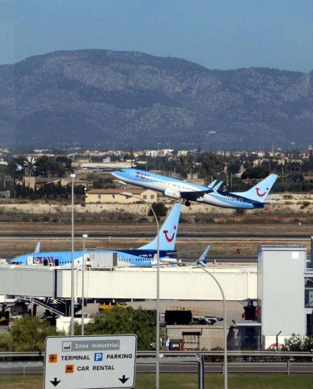 Tui planes at Palma airport