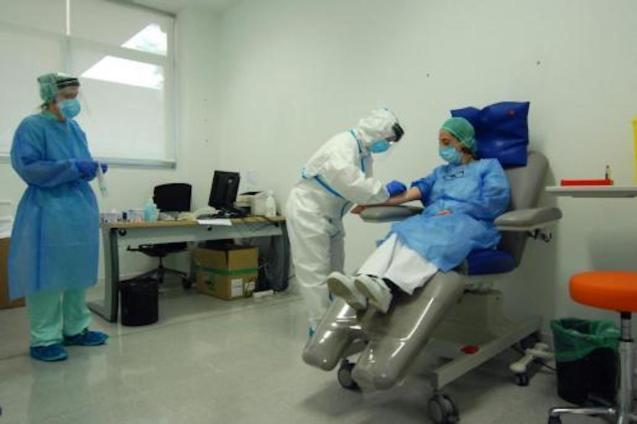 Medical staff being tested for Covid-19 at Mateu Orfila Hospital, Mahón