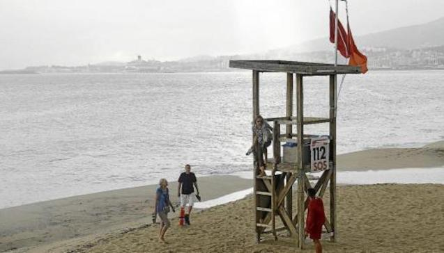 Palma beaches closed after spillage.
