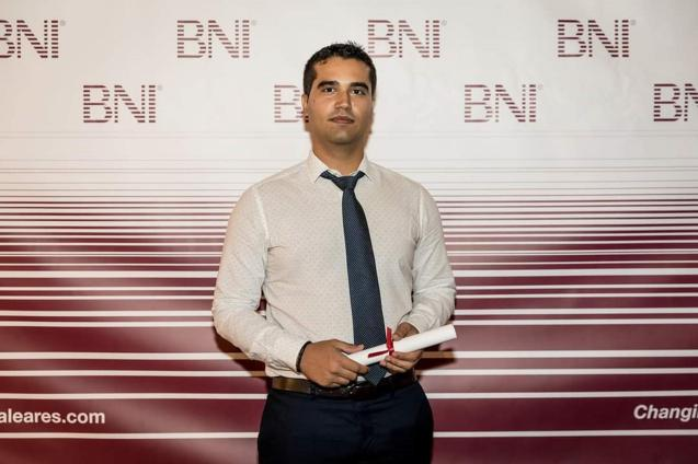 Darryl Lopez at a BNI networking meeting