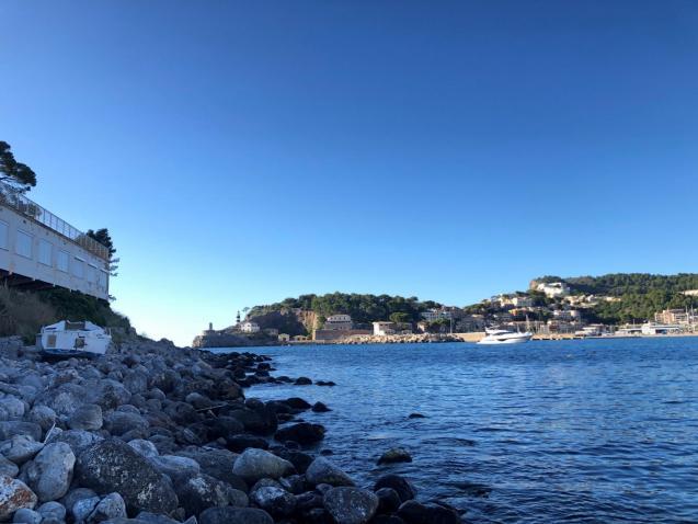 An empty Puerto.