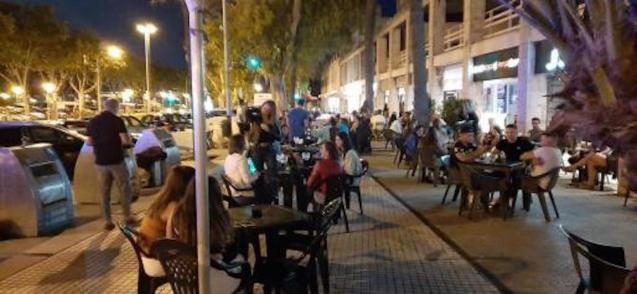 New terrace restrictions on the Paseo Marítimo.