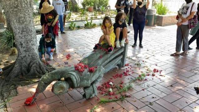 Junípero Serra Statue destroyed.