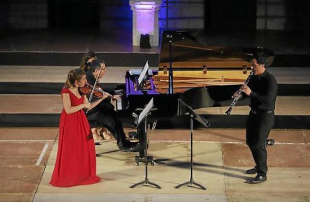 Trio, Juan José Pardo, Clarinet, Marga Navarro, Violin, Andreu Riera, Piano at Bellver Castle