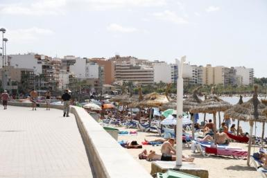 """The Bank of Spain says that tourism's recovery will be """"very gradual""""."""