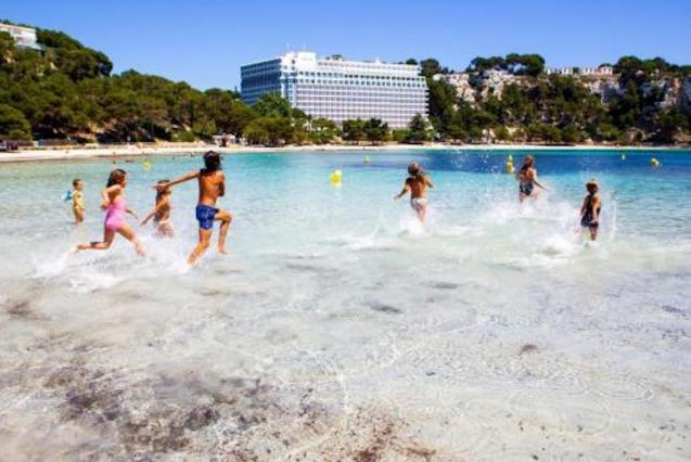 216 million euro loan line to cover the Digital Transformation of Tourism Companies and self-employed workers affected by the crisis.