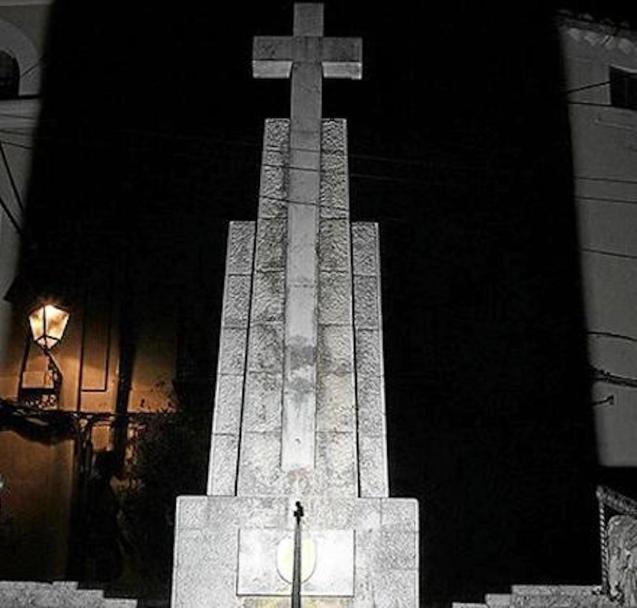 La Cruz de los Caídos, Bunyola.