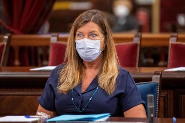 Patrícia Gómez, Health Minister.