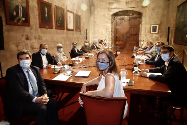 Meeting with Armengol, Negueruela and other AETIB members.