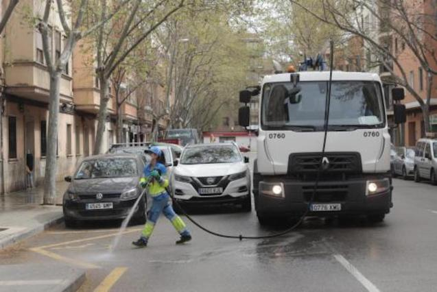 Emaya bleaching Palma streets during the State of Emergency.