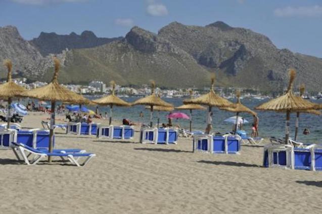 Sunbeds & Umbrellas, Puerto Pollensa.