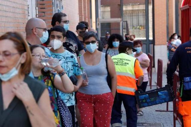 Spain first country in Europe to reach 400,000 infections.