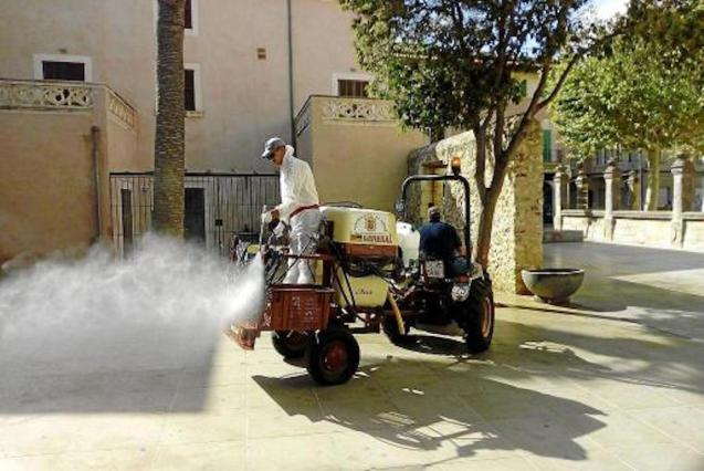 Street disinfection in sa Pobla.