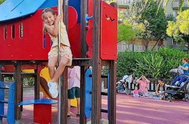 parque infantil alexander fleming Palmas Parks sind Spielplatz, Picknickwiese, Treffpunkt ? undnoch vieles mehr. Foto links: Patricia Lozano