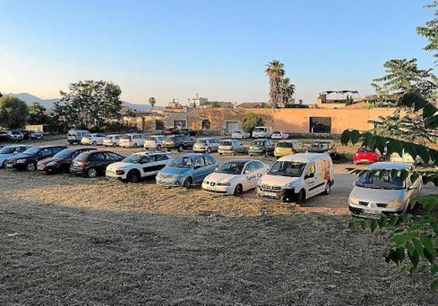 Sencelles Car Park.