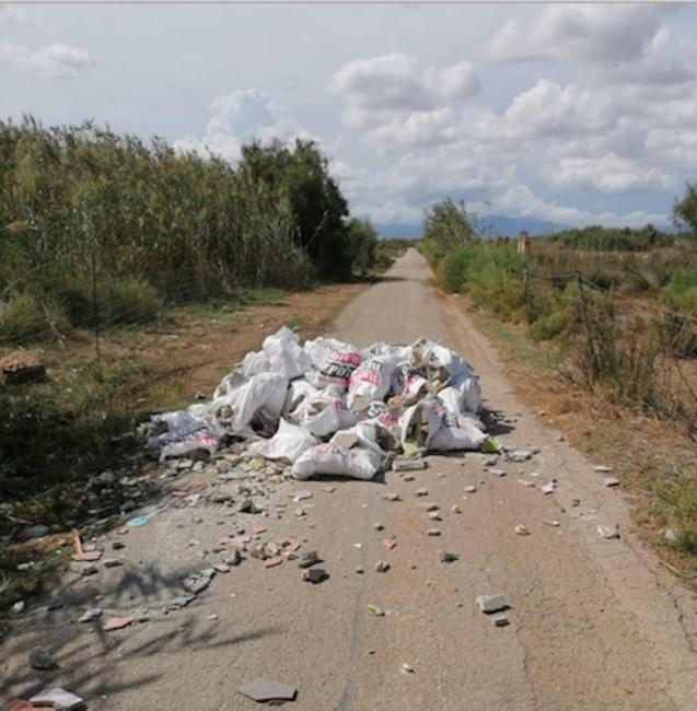 Construction debris dumped in Camí de ses Argiles in Sant Jordi.