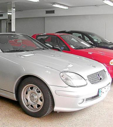 The average price of a secondhand car was 9,628 euros.