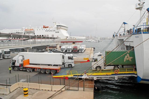 Mallorca port goods movement