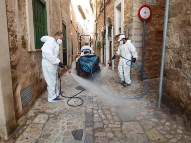 Disinfecting streets in Soller.