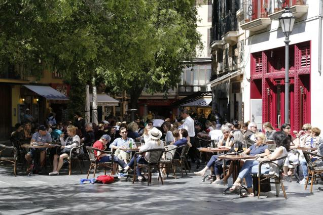 Tourists in Palma during the Easter break holiday