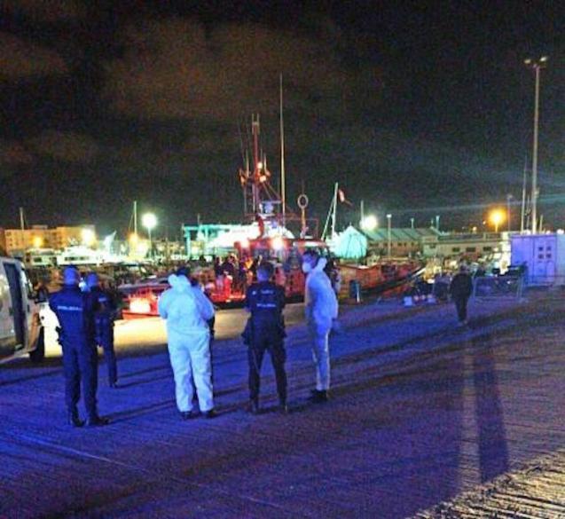 Migrants arriving in Ibiza.