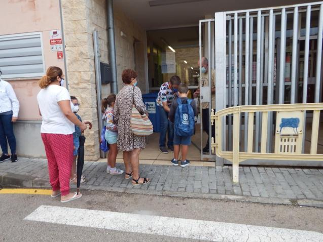 Going to school in Mallorca with Covid protocols.