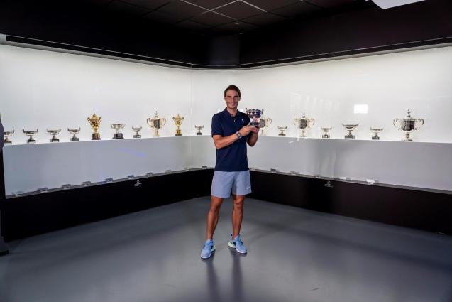 Rafa Nadal brings his trophy to his Manacor Musuem