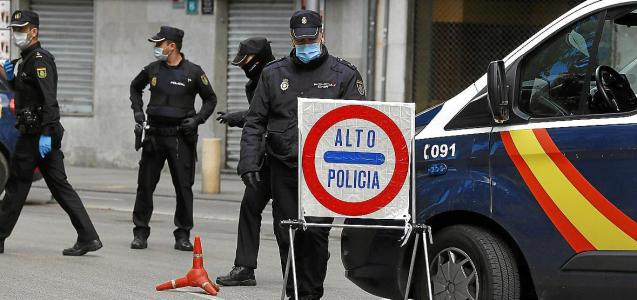 National Police control during the lockdown in Mallorca