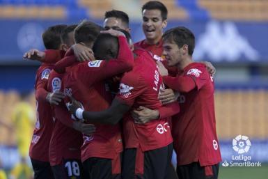Mallorca players celebrate against Alcorcón.