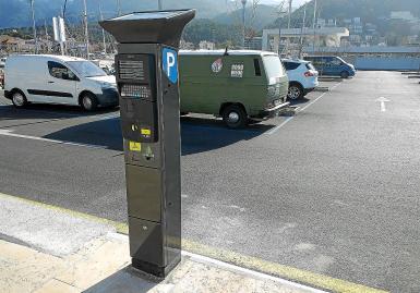 Free parking era in Soller.