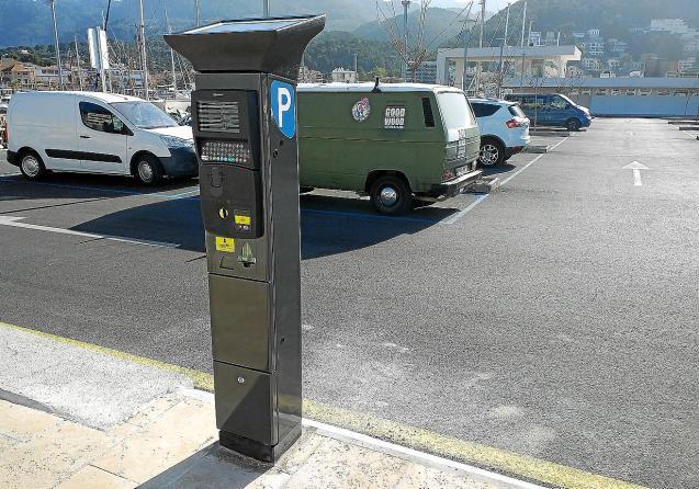 Free parking era in Soller