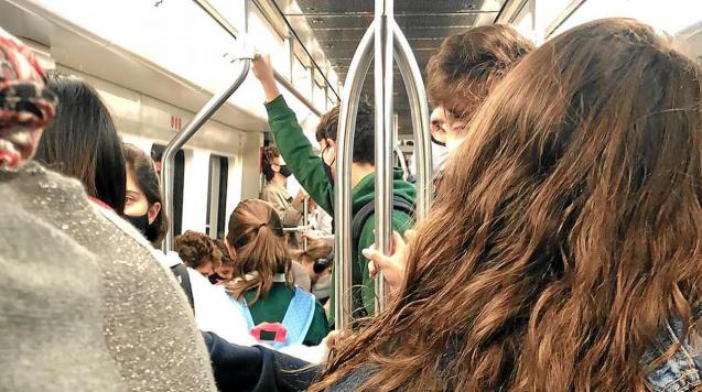 Palma Metro overcrowding