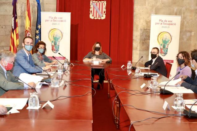 Meeting of Balearic government, business and union representatives