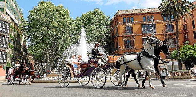 Horse-drawn carriages in Palma, Mallorca