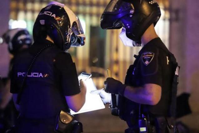 Police checkpoints & raids in Palma.