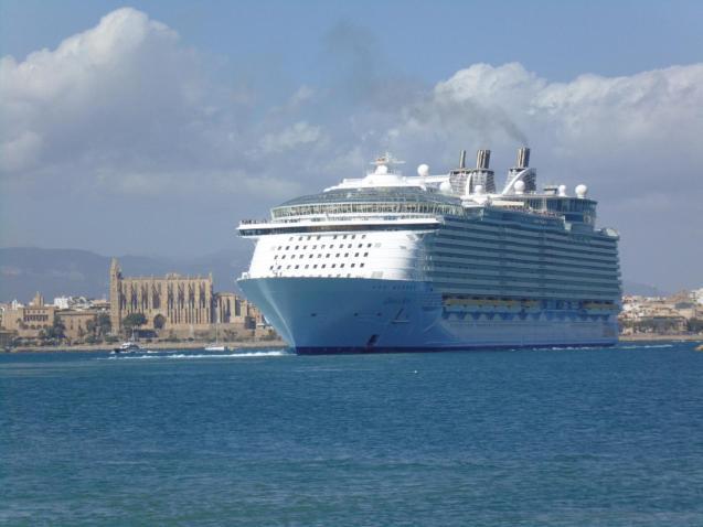 Cruise ship in Palma, Mallorca
