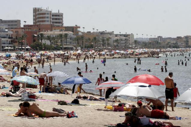 Vaccines important for Mallorca tourism recovery