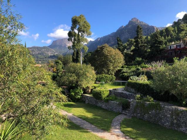 Barranc View