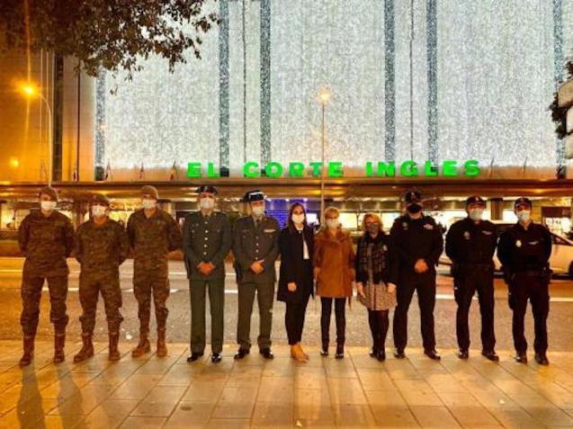Nurse Luisa Sennaro & Representatives of the Army, National & Local Police in Palma.