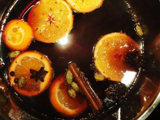 Mulled wine: a traditional drink during winter, especially around Christmas