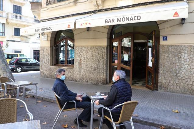 Massive closure of bars and restaurants