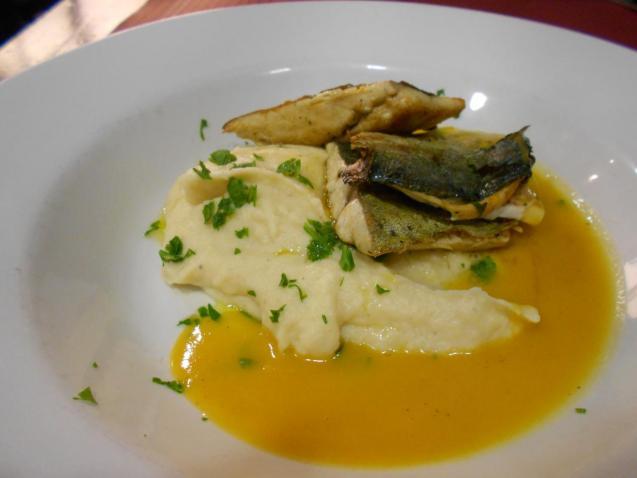 The llampuga dish at La Bodeguita