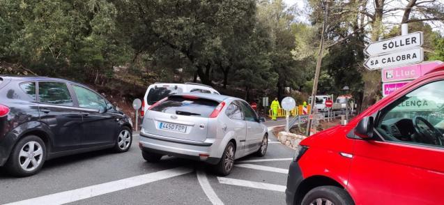 Road closure in Mallorca's Tramuntana Mountains