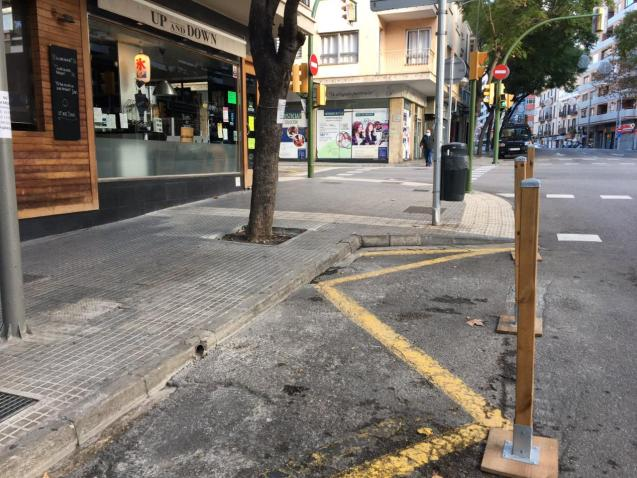 The neighours want to be able to park again where the terraces are while the bars and restaurants are closed