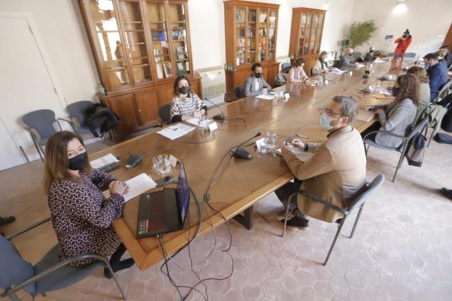 The Balearic committee for reactivation