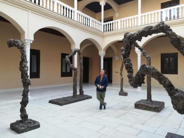 Miquel Barceló with 'Metamorphosis' Installation, Malaga.