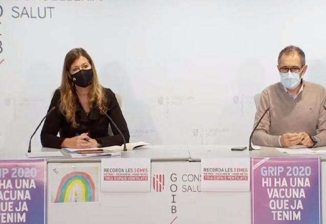 Patricia Gómez, Balearic health minister, and Javier Arranz, spokesperson for the regional infectious diseases committee