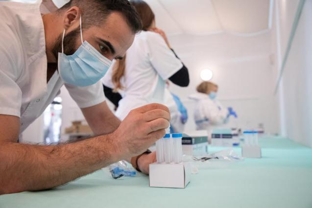 Health personnel in Minorca