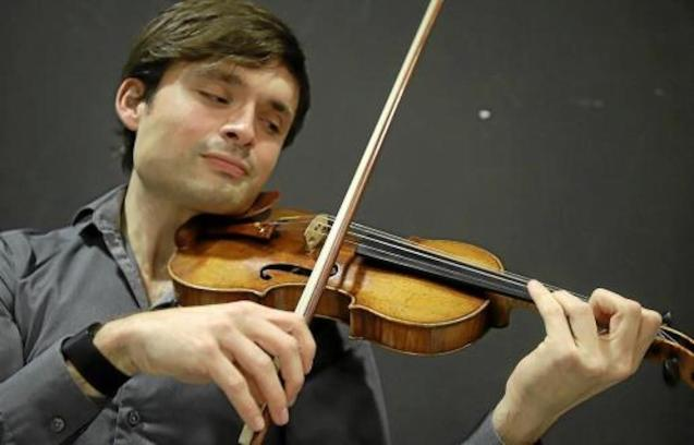 Violinist Francisco Fullana.